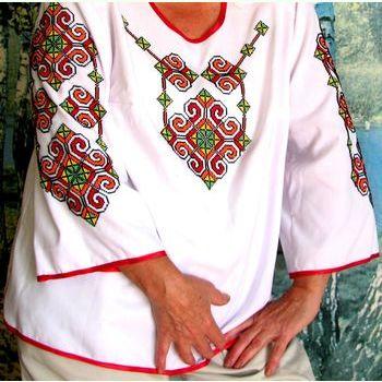 Женская белая готовая вышиванка