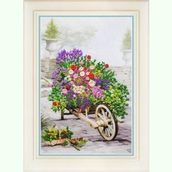 Квіти в саду R-040