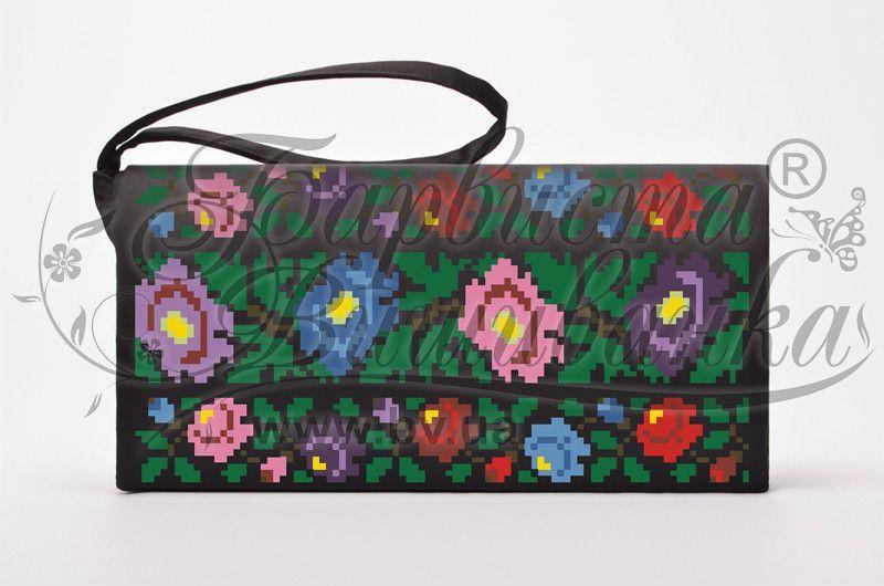 Буковинська квітка КЛ095дЧ. Пошитий чорний домотканий клатч для вишивання бісером