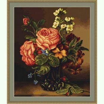 Ваза с розами и цветами G491