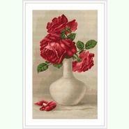 Красные розы в вазе B506