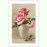 Розовые розы в вазе G507